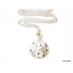 Řetízek  - kolečko se zelenými kamínky