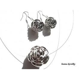 Souprava - náhrdelník a náušnice - růže