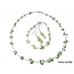 Souprava zelená - náhrdelník  náušnice a náramek