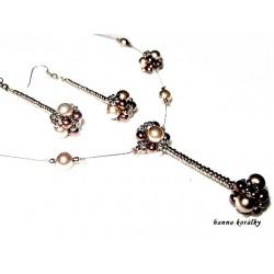 Hnědá souprava - náhrdelník a náušnice z šitých kuliček