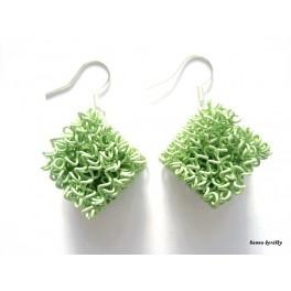 Náušnice zelené drátkované kostky
