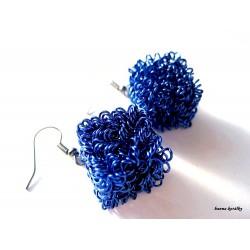 Náušnice modré drátkované kostky