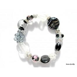 Černobílý náramek z vinutých perel a šitých kuliček